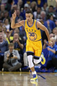 (Credit: Getty Images/ Ezra Shaw) OAKLAND, CA - MARCH 29: Stephen Curry #30 of the Golden State Warriors runs back down court after making a three-point basket against the Washington Wizards at ORACLE Arena on March 29, 2016 in Oakland, California.