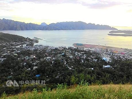 菲律宾军方情报称,南部恐怖组织「阿布沙伊夫」分子 计划潜入观光胜地柯伦岛(Coron)犯案,菲国军丶警 与海防队已组成联合小组,加强巡逻周边海域。